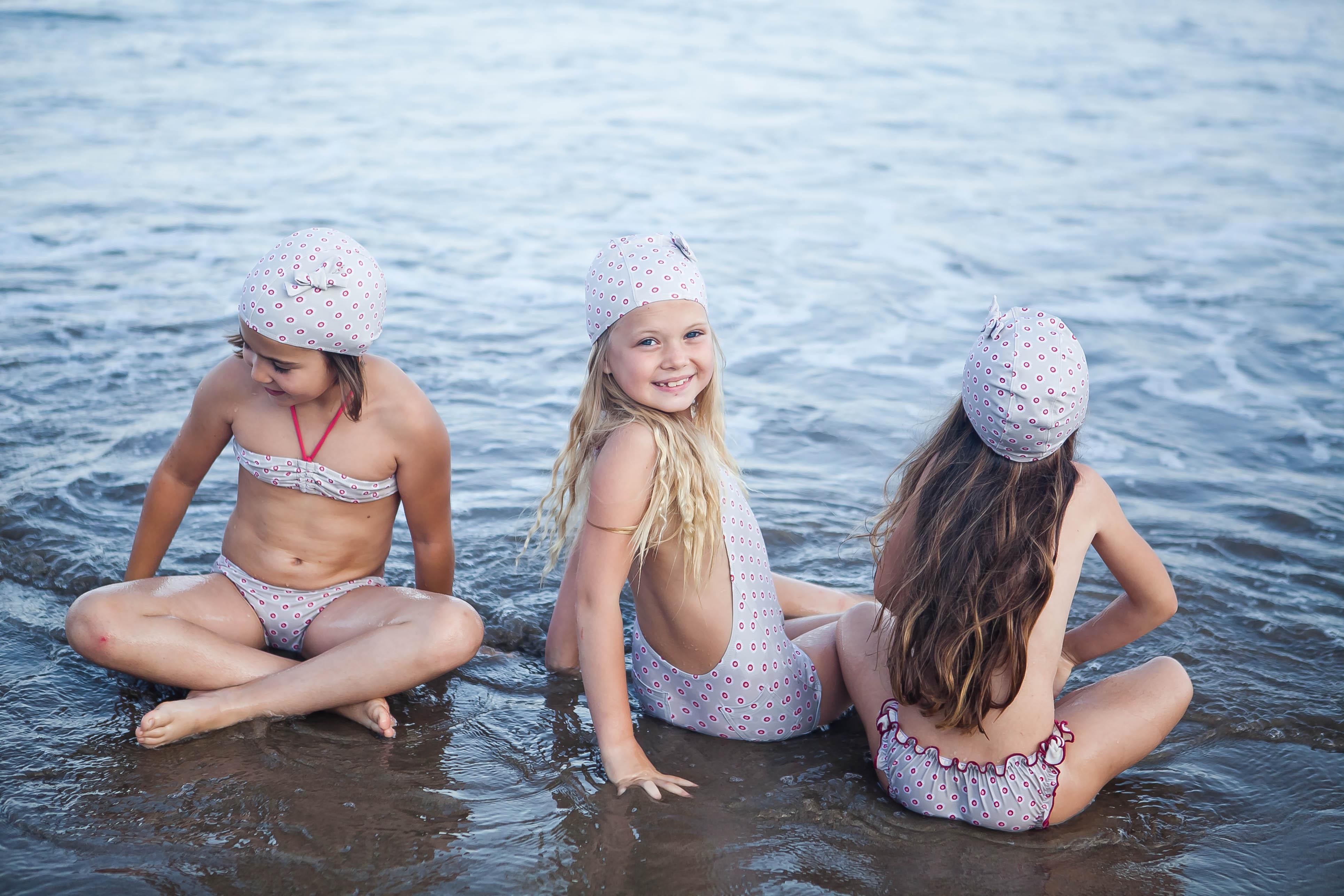 Ados jasmin en bikini